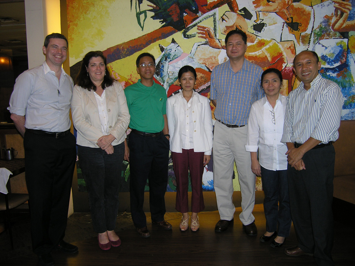 ANSA-EAP Executive Committee: Chair Mike Luz, World Bank Institute Mary McNeil, World Bank Philippines Andrew Parker, Theary Seng (Cambodia), Teten Masduki (Indonesia), Ateneo Dean Tony La Vinia (Manila, 20 Feb. 2010)