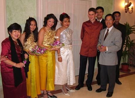 familyphotomara paris wedding 9-24-05