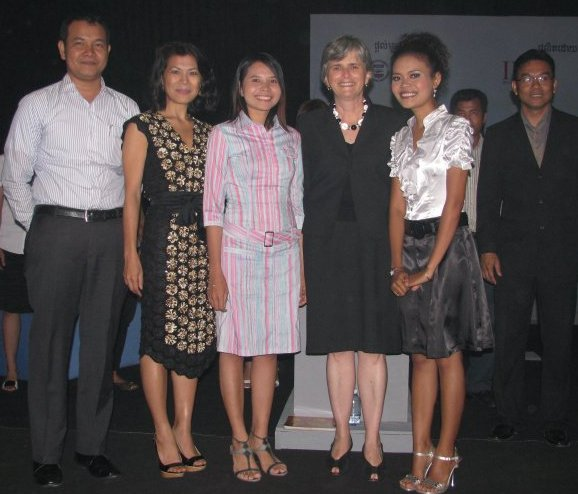 Theary Seng, US Ambassador Carol Rodley, Amy at Youth Leadership Challenge finale CTN, 2009